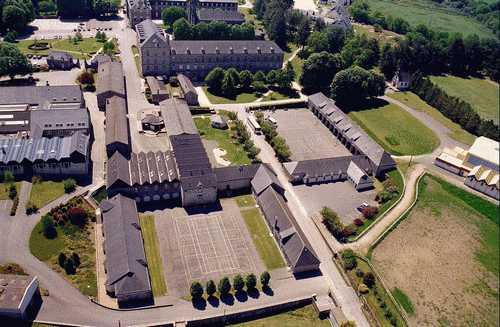 Les établissements Saint-Michel d'Apprentis d'Auteuil sont situés sur la commune de Priziac en Bretagne